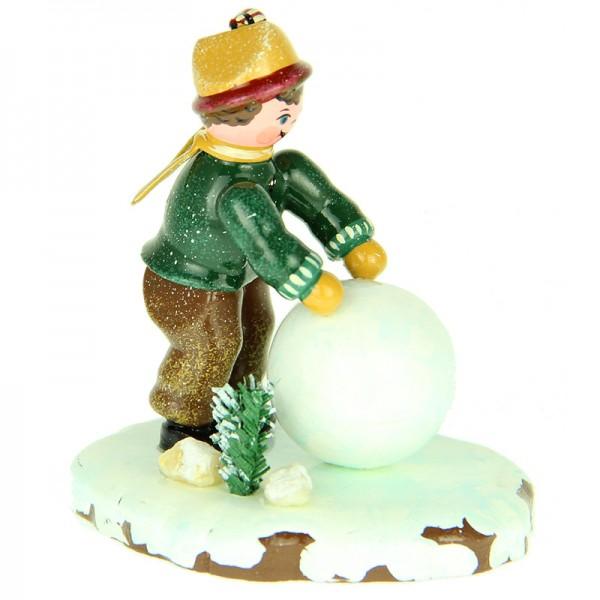 Hubrig Winterkinder Junge mit Schneekugel