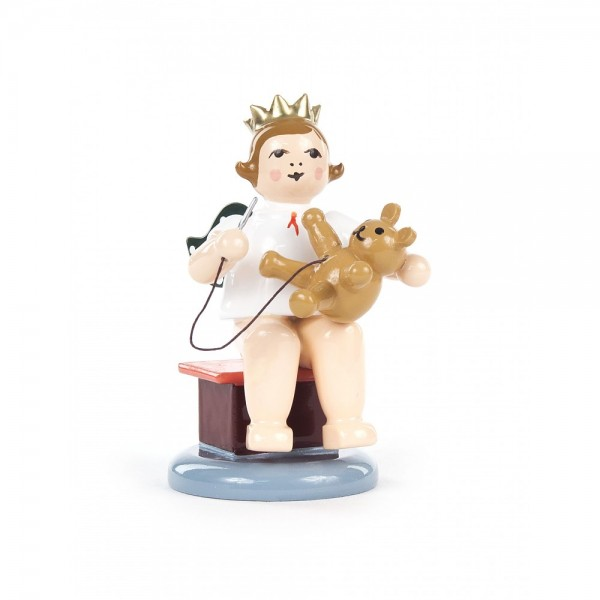 Dregeno Erzgebirge - Weihnachtsengel sitzend, mit Teddy und Krone