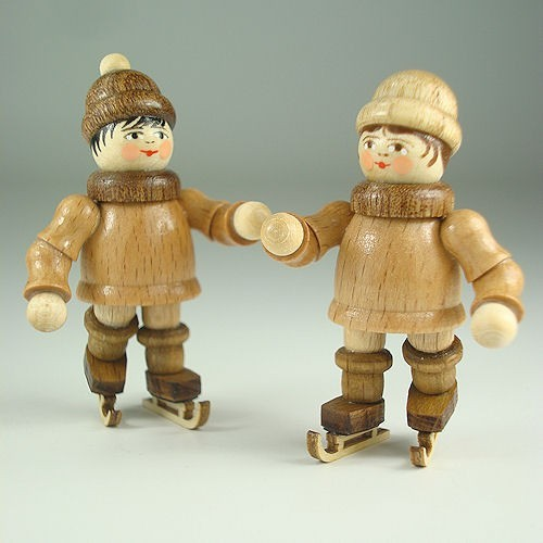 Lenk & Sohn Gedrechselte Holzfigur Erzgebirge Winterkinder Eisläuferpaar