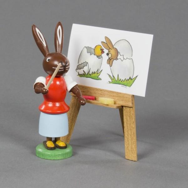 Dregeno Erzgebirge - Hasenlehrerin mit Tafel