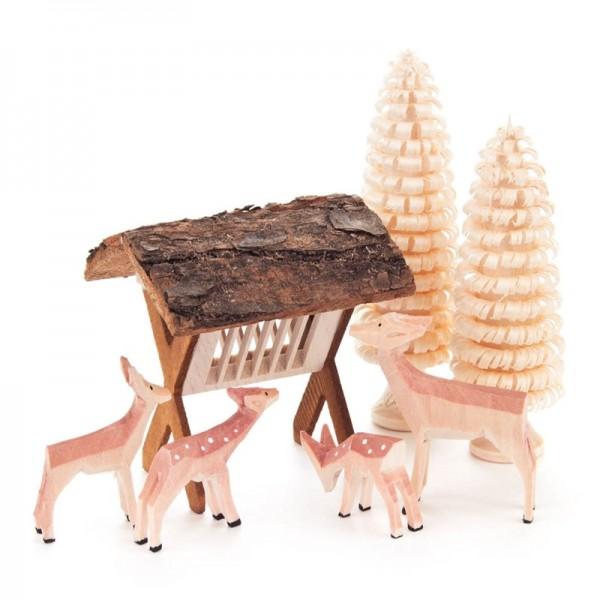 Dregeno Erzgebirge - Miniatur-Geschnitzte Rehe mit Futterraufe und Bäumchen, 7-teilig