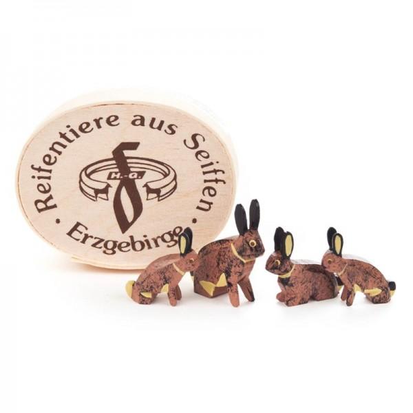 Dregeno Erzgebirge - Miniatur-Hasenfamilie in Spandose