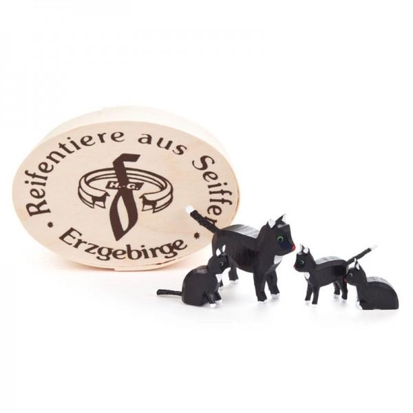 Dregeno Erzgebirge - Miniatur-Katzenfamilie in Spandose