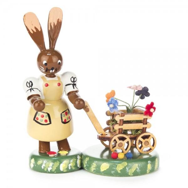 Dregeno Erzgebirge - Hasenfrau mit Blumenhandwagen